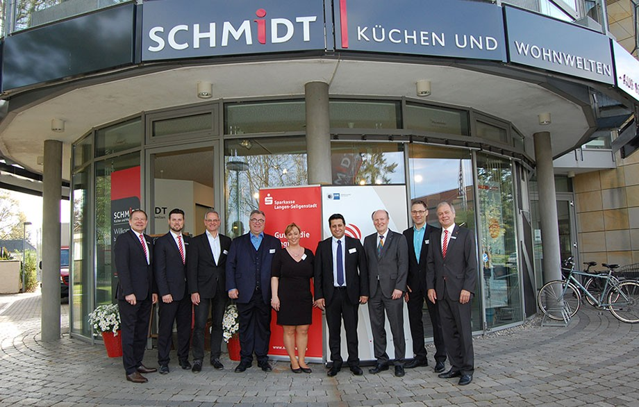 Unternehmertreffen In Heusenstamm Schmidt Kuchen Und Wohnwelten In